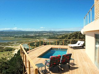 Eagle House - Knysna Lagoon Panoramic Views, 5 Bedroom, Private Pool and Verandah - Knysna vacation rentals