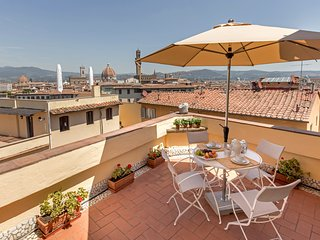 Charming penthouse, a stunning terrace on Florence - Florence vacation rentals
