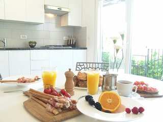 Luxury Apartment - COMPLETELY NEW + WIFI + PARKING - Izola vacation rentals
