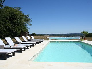 Beautiful Farmhouse with pool and views - Ladignac le Long vacation rentals