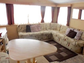 Gold Plus (3) 8 Berth 3 bedroom - Ingoldmells vacation rentals