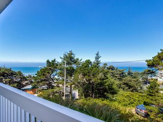 Easy access, dog-friendly studio with ocean views - short walk to the beach! - Lincoln City vacation rentals