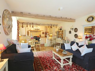 Perfect Barn with Internet Access and Central Heating - Leicester vacation rentals