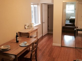 Apartment with backyard and parking - San Francisco vacation rentals