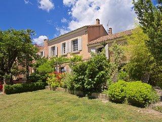 Spacious 4 bedroom Villa in Paradou - Paradou vacation rentals