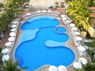 2 BEDR CONDO.IXTAPA HOTEL ZONE. TESORO RESORT - Ixtapa vacation rentals