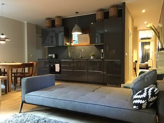LEGAL Apartment for 7 / 3BR / 2Bath - Berlin vacation rentals