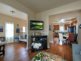 3729 Ocean Park Sanctuary ~ Walk to the Beach, Rec Trail & Downtown! - Pacific Grove vacation rentals