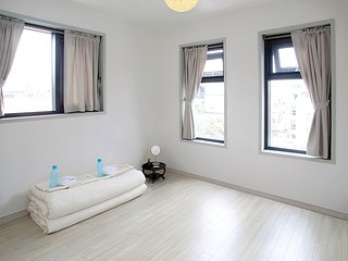 Olle Guesthouse Double Room # 1 - Seogwipo vacation rentals