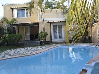 Spacious 4 bedroom Villa in Blue Bay - Blue Bay vacation rentals