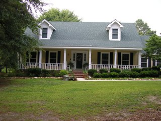 Beautiful, immaculate, clean & comfortable home - Augusta vacation rentals