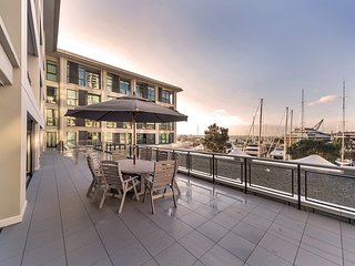 Waterfront 2 BR Apartment at Prince Wharf - Auckland vacation rentals