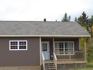 2 bedroom Cottage with Internet Access in Bonne Bay - Bonne Bay vacation rentals