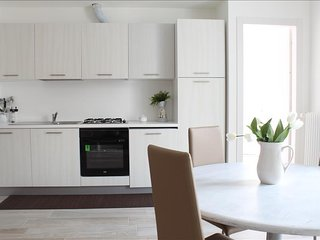 Sunny 1 bedroom Vacation Rental in Lecco - Lecco vacation rentals