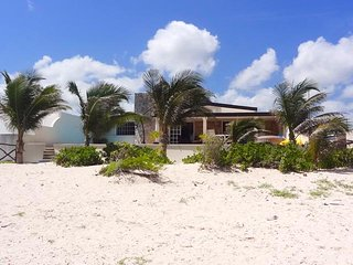 Casa Pau's - Progreso vacation rentals