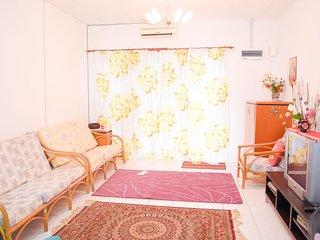 Cozy 3 bedroom Townhouse in Bangi - Bangi vacation rentals