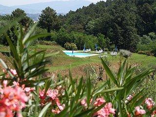 Appartamento e giardino privato e tavolo esterno - Montecarlo vacation rentals