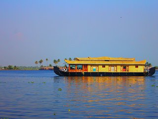 7 Bedroom Deluxe Kerala HouseBoat - Alappuzha vacation rentals