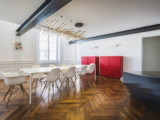PROMO Mar-Apr:Biarritz Center & Beach - Modern Luxury Loft w/ parking -10pers - Biarritz vacation rentals
