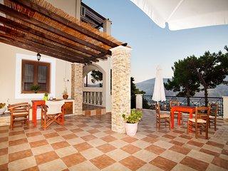 FragkosVillas''Villa Maria'' - Panormos vacation rentals