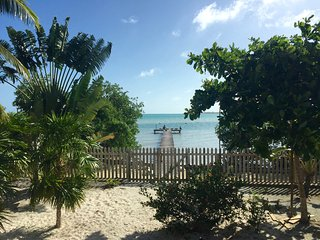 1 bedroom Condo with Microwave in Caye Caulker - Caye Caulker vacation rentals
