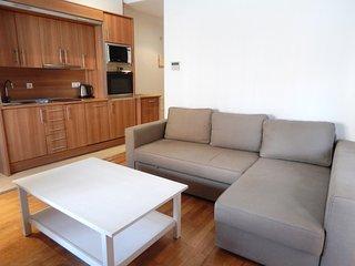 Cozy 1 bedroom Condo in Sant Daniel - Sant Daniel vacation rentals
