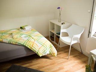 1-2 Personen-Zimmer in Degerloch/10 - Stuttgart vacation rentals