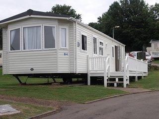 Caravan B4 Southbay Holiday Park, Brixham, Devon - Brixham vacation rentals