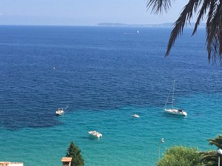 OVERLOOKING the SEA ! Villa 29 km from ST TROPEZ - Cavaliere vacation rentals