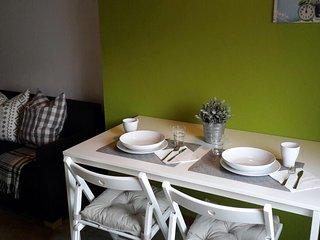 Bright 1 bedroom Apartment in Negrar with Elevator Access - Negrar vacation rentals