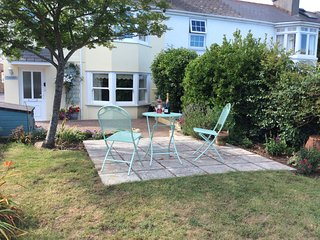 St George cottage - Torquay vacation rentals