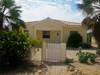 Nice Villa with Internet Access and DVD Player - Noord vacation rentals