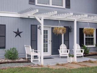 Ivy Farms Apartment - 2 bdr, 1 bath - Charlottesville vacation rentals