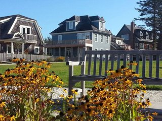 Blue Lantern Cottage with carriage house - Ocean view - Pacific Beach vacation rentals