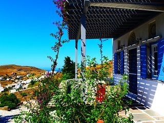 Villa Maria in Tinos - Eva House - Exomvourgo vacation rentals