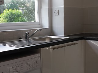Central London 2 bed Apartment - London vacation rentals