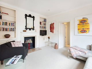 2-bed West London flat with garden - London vacation rentals