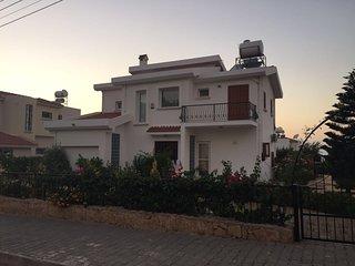 3 bedroom Villa with Internet Access in Kyrenia - Kyrenia vacation rentals