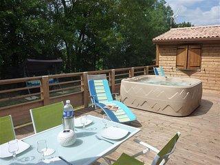 Chalet Vandré, La Maison du Bonheur, vers Surgères - Surgeres vacation rentals