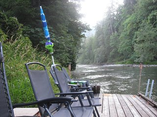 Comfortable Cottage with Internet Access and Television - Lake Cowichan vacation rentals