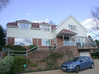 Nice House with Internet Access and Wireless Internet - Sevenoaks vacation rentals