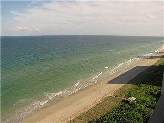 Nice 2 bedroom Hutchinson Island Condo with Internet Access - Hutchinson Island vacation rentals