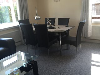 Luxurious ground floor 2DB Executive Apartment - Thorpe Bay vacation rentals