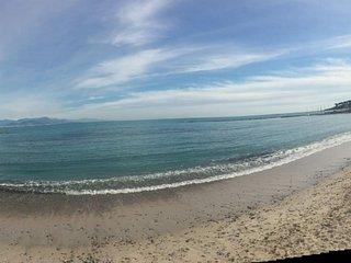 Antibes SPACIOUS FLAT 50.M BEACH - Antibes vacation rentals