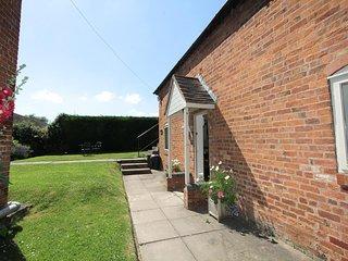 Lovely 3 bedroom Cottage in Hanbury - Hanbury vacation rentals