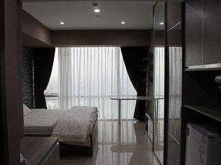 U-Residence Tower 2 Apartment Connected to Supermal Karawaci Unit 2216 - Tangerang vacation rentals