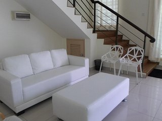 Comfortable 7 bedroom Kota Kinabalu House with Internet Access - Kota Kinabalu vacation rentals