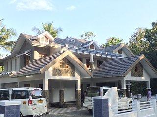 3 bedroom House with Parking in Kothamangalam - Kothamangalam vacation rentals