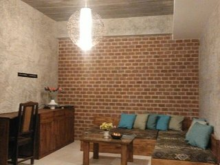 2 bedroom House with Internet Access in Saraphi - Saraphi vacation rentals