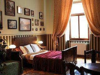 Feel Krakow's history - Green Boutique Apartment - Krakow vacation rentals